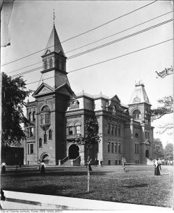 Parkdale Collegiate, Toronto. Demolished 1928