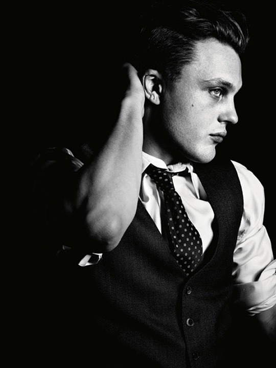 audreyhepburncomplex:  bohemea: Michael Pitt - AnOther Man by Hedi Slimane, Fall/Winter 2011