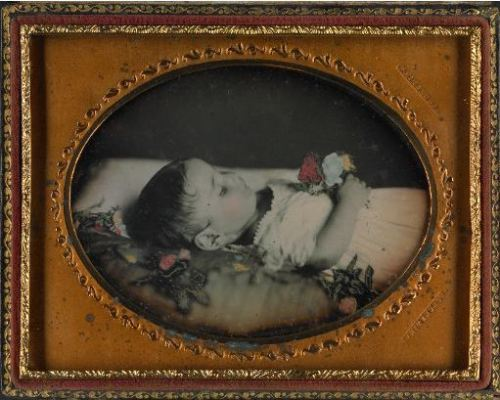 tuesday-johnson:  ca. 1855, [post mortem portrait of a child with flowers], J.H. Whitehurst Galleries via Harvard University, Harvard Art Museums/Fogg Museum, Department of Photographs