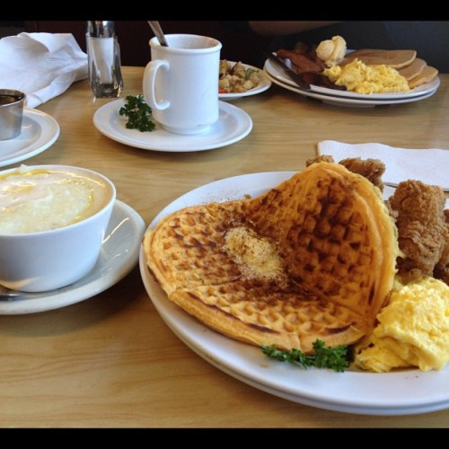 #breakfast this #morning :) #Grits #eggs #chicken #waffle #butter #salt #pepper #jelly #potatoes #nofilter #iphonography #food  (Taken with Instagram at The Serving Spoon)