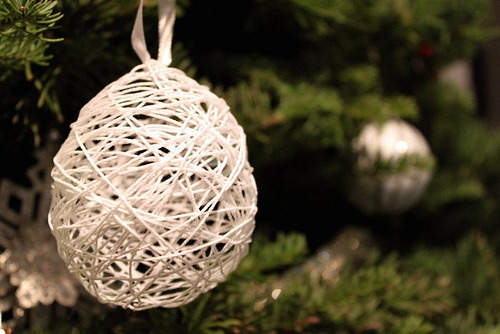 DIY String Holiday Ornament
