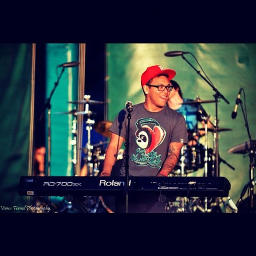 #ajrafael at #kababayanfest! Was one of my favorite moments of my life seeing him #live.(: #keyboard #greatamerica #filipino #pinoy #asian #stage #singing #tattoo #nikon #d7000 #dslr #sigma #summer #singer #youtube #drums #band  (Taken with instagram)