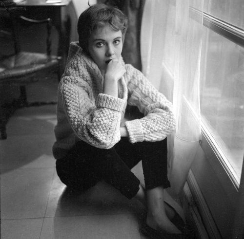 descroissants:  Jean Seberg..