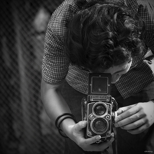 black-and-white:   ROLLEIFLEX (by -clicking-)