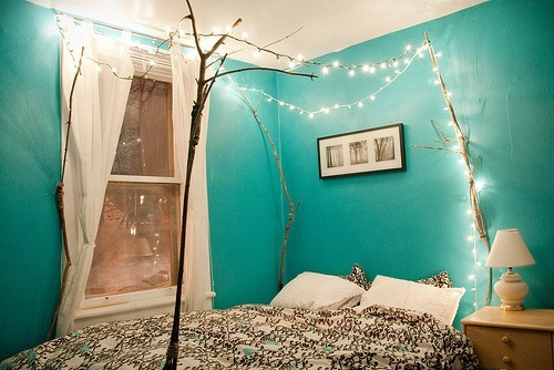 thelittlemerbil:  i am obsessed with this room. it is so pretty!
