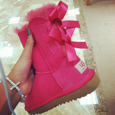 jaykardash:  i want these so badly.
