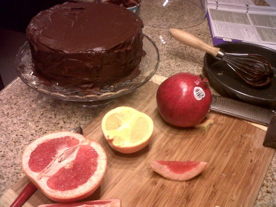 Winter = baking season. Made this chocolate cake with my dear friend Jade :) *mari