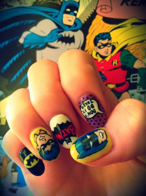 nail-art-101:   ayumi's new nails, batman inspired   These batman nails are pretty much the coolest thing I've ever seen!