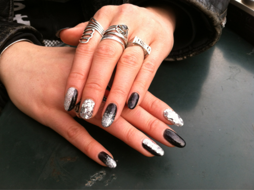 miyakobellizzi:  Newness raiders nails