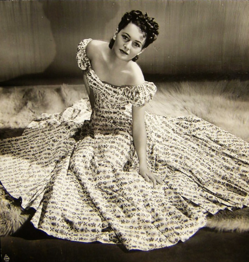 errolivio:  Olivia de Havilland
