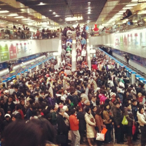 Way too crowded! (Taken with Instagram at Zhongxiao Fuxing Underground Shopping Street (忠孝復興地下街))
