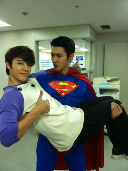 my 2 faves!!!  Sihae is real, bitches!