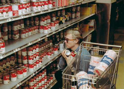 Andy Warhol at Gristede's supermarket, New York (1962) (via The Failsafe Gift Guide - Andy Warhol 'Giant' Size) via pjmix