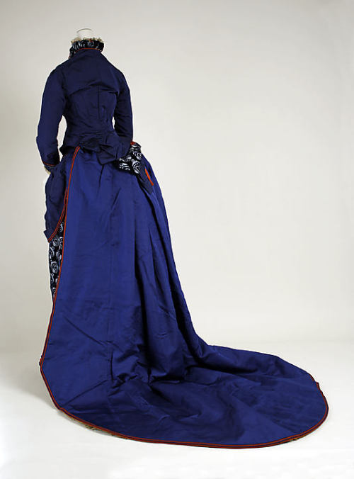 ornamentedbeing:   Dress Darlington, Runk & Co.  (American) Date:1880–85