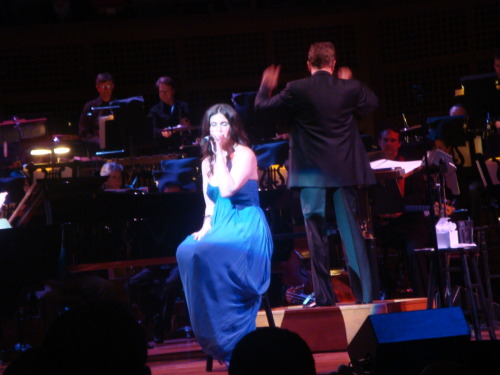 Idina Menzel singing with the San Francisco Symphony.