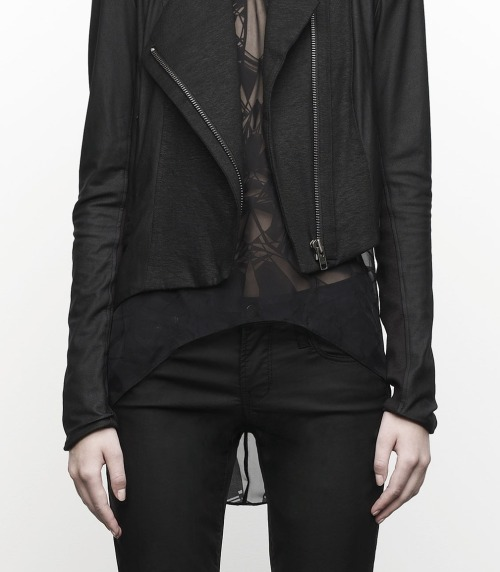 via chawan:  gaptoothbitch:  HELMUT LANG PRE-FALL 2012  Get on my body.