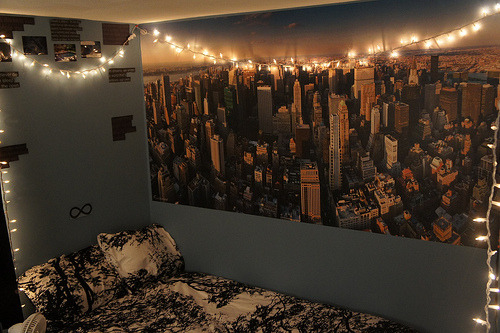 new york in the bedroom.