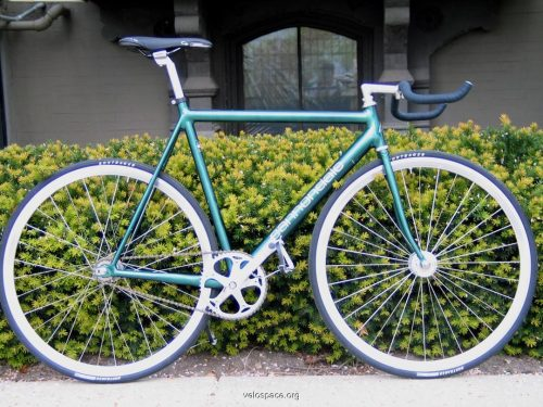 Cannondale Track by HyperRevue via Velospace