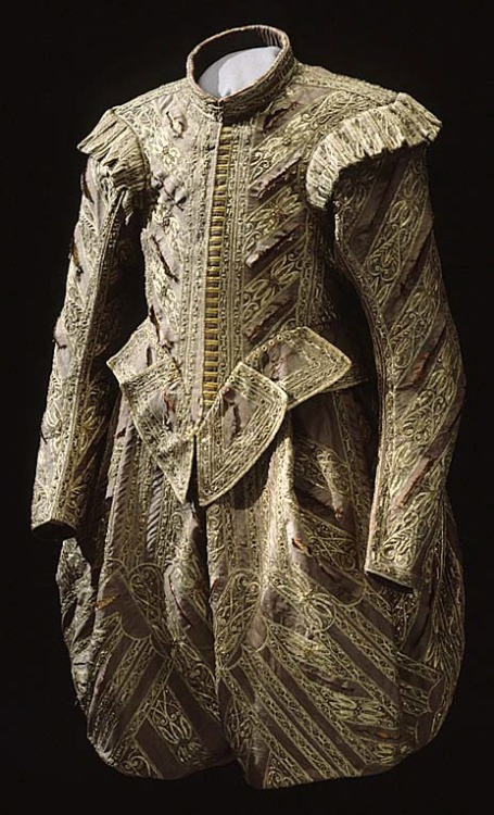 Suit of Gustav II Adolf of Sweden ca. 1611-32 From the Royal Armory and Hallwyl Museum