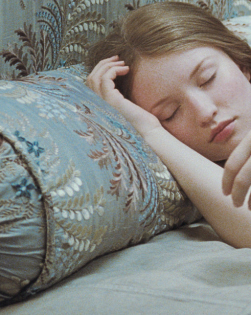 lavandula:  emily browning in sleeping beauty
