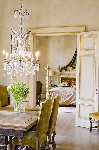 Beautiful interior of an old Italian villa (via Living and Dining Spaces)