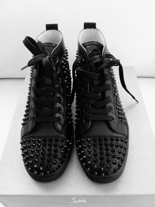 pradaxdreams:  Christian .