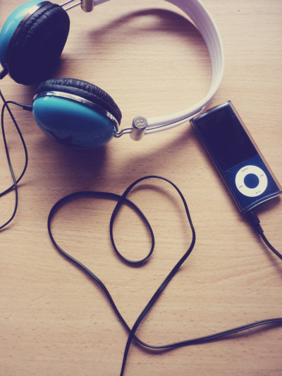 silentxwishes:  & in the end, the only thing that's ever there is music.