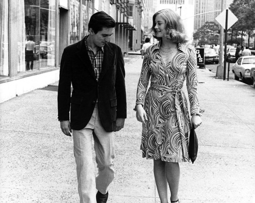 superseventies:  Robert De Niro and Cybill Shepherd in 'Taxi Driver', 1976,