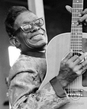 Lightnin' Hopkins doing his shit.