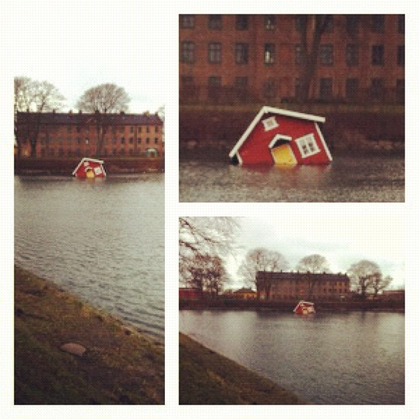 Malmö sinking house (Taken with instagram)