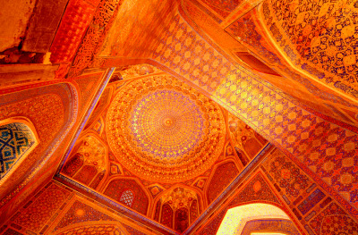 poeticislam:  Islamic architecture and art is so beautiful. I mean this is just…  Islamic art and architecture is unprecedented in its use of color, design, and function.  It is efficient and powerful.