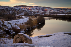 Sunset on the Big Horn River in Hot Springs State Park, Thermopolis, WyomingAs I'm in the last stages of writing my masters thesis on two years of work on the geology and chemistry of the Thermopolis hot springs in central Wyoming, I decided to re-visit some of my field work photos. Sitting here typing in front of the computer made me forget that I am actually studying a very beautiful and unique area and should be thankful to be able to say that this is the 'lab' in which I collect my samples :) Oh yeah, and if sampling went well enough, I would get to fish the Big Horn River while the experiment finished. Not too shabby!
