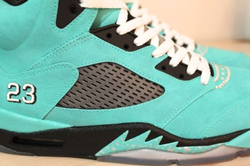 "swagnotesblog:  Air Jordan 5 ""Tiffany"" Custom by Proof Culture.  Take #swagnotes."