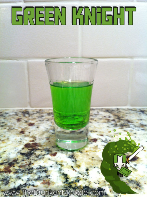 thedrunkenmoogle:  Green Knight (Castle Crashers shot)Ingredients:3/4 oz melon schnapps or liqueur3/4 oz gin Directions: Mix ingredients in a shot glass and drink.Drink created and photographed by The Drunken Moogle. Other Castle Crashers shots:Red KnightOrange KnightBlue Knight  I used to play primarily as the Orange Knight but this one looks tastier :)