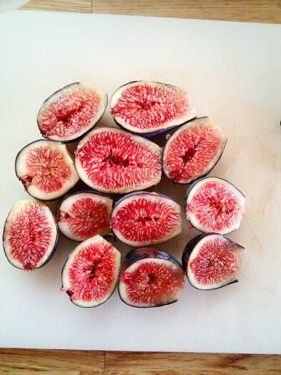 phresssh-fruit:  FIGS