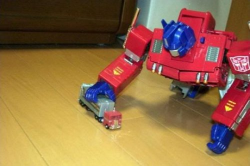 Optimus Prime Plays With Truck Someone should tell him to stop playing with himself.