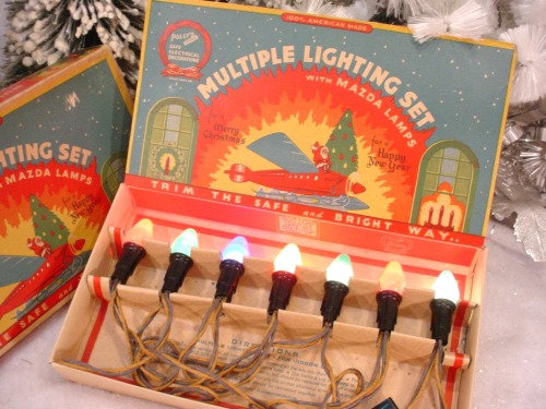 forgottenantiquities:  Vintage Christmas tree lights.