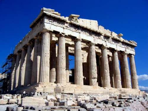 The acropolis survived almost entirely intact until the Greek war of independence from the Ottomon Empire in the 1820s. During the war, it was used to store gunpowder for the rebels, and an accidental spark caused an explosion, reducing the temple to the ruin we know today.