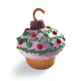 Edible Ornament Cupcake  http://familyfun.go.com/recipes/edible-ornament-cupcake-685626/