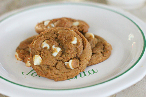 white chocolate chips added to ginger cookies?! good ideas.