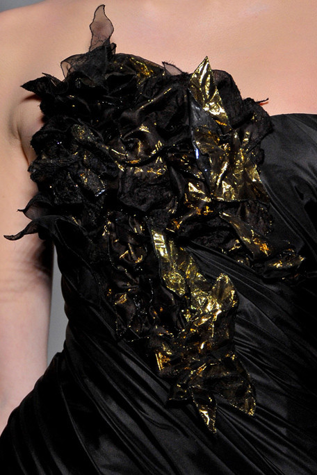 shotsofchanel:  Christophe Josse2011 Fall Couture