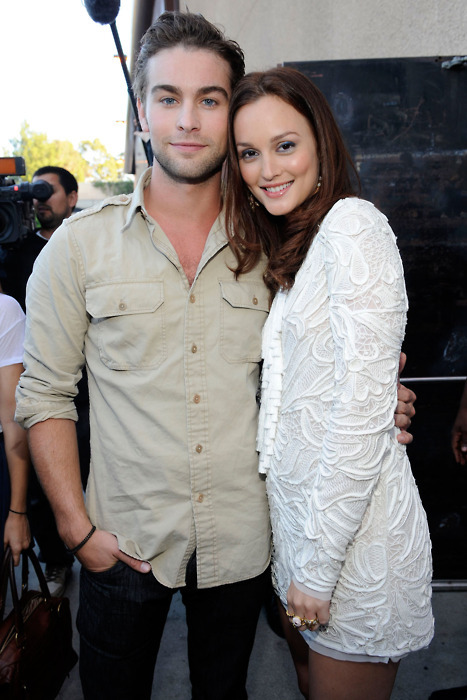 ska-tes:  chase crawford and leighton meester