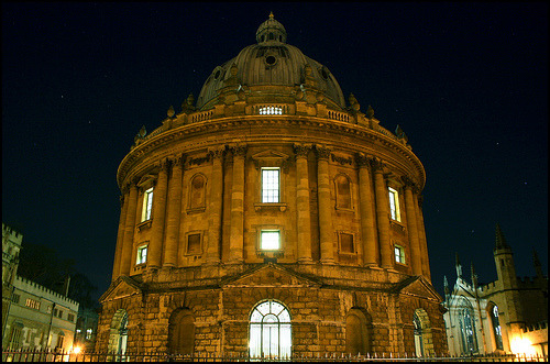 Radcliffe Camera at night, Oxford, UK (by Luke_23)
