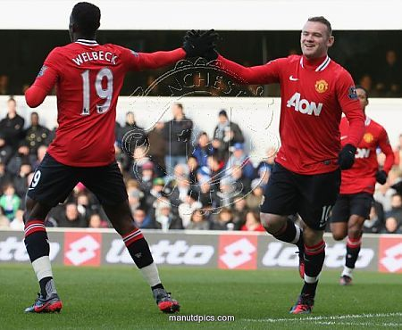 Wayne and Welbeck celebrating