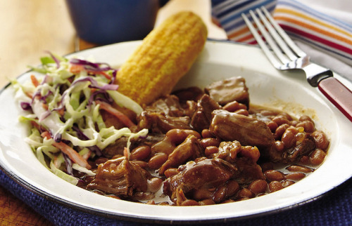 Slow Cooker Barbecue Beans and Beef by Pillsbury.com on Flickr. INGREDIENTS: 1 medium onion, chopped (1/2 cup) 3 slices bacon, chopped 1 1/2 lb boneless beef chuck ribs 1/2 cup barbecue sauce 3 cans (16 oz each) baked beans DIRECTIONS: 1. In 3 1/2- to 4-quart slow cooker, mix onion and bacon. Top with beef. Pour barbecue sauce over beef. 2. Cover; cook on Low heat setting 8 to 10 hours. 3. Remove beef from cooker; place on cutting board. Cut beef into 1/2-inch pieces. Pour juices from cooker through strainer into small bowl, reserving onion, bacon and 1/2 cup juices. Return beef, onion, bacon and 1/2 cup juices to cooker. Stir in baked beans. Increase heat setting to High. Cover; cook 40 to 50 minutes or until thoroughly heated.
