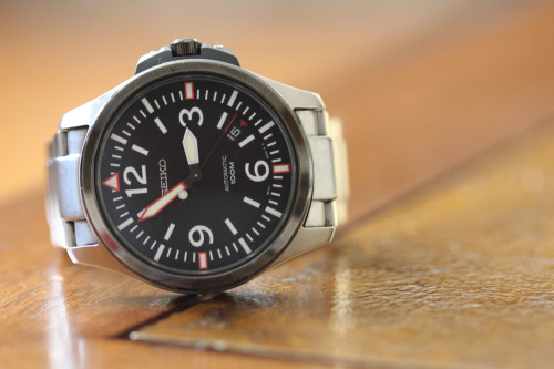 everydaycarry:  Seiko SRP027K1 Editor's Note: I finally got a DSLR! I haven't been buying any EDC gear though so I could save up for it — apologies for pics of old stuff. In any case, look forward to better photos and videos. I should have something up by tomorrow. I appreciate your patience~  Really like the military styling of this watch