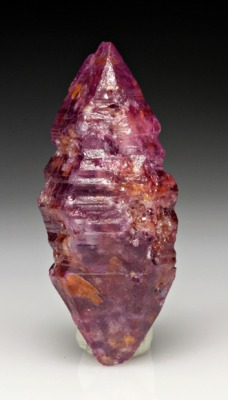 mineralia:  Corundum var. Ruby from Sri Lanka