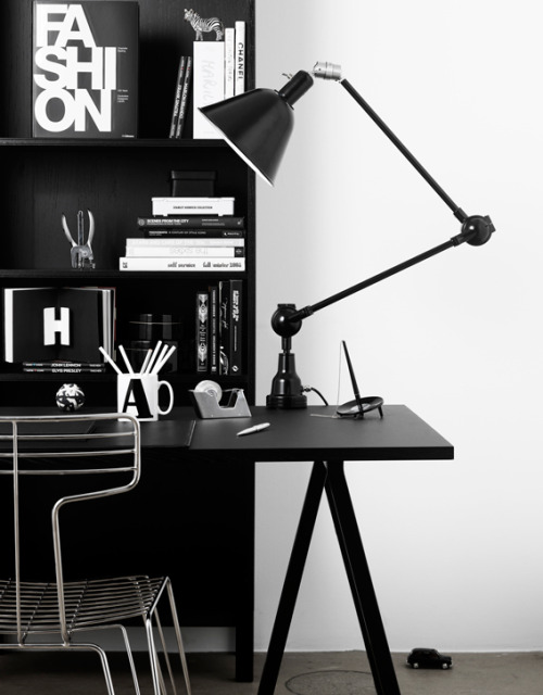 stylish black workspace (via emmas)
