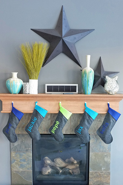 Oh I adore these Helvetica pressie stockings :) let's learn the DIY tutorial here.