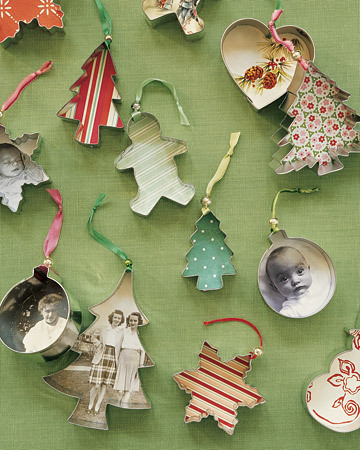 Brilliant cookie cutter ornaments :) Learn how to do these here.